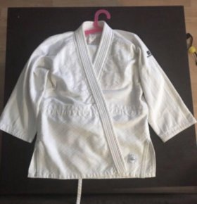 Кимоно для каратэ дзюдо