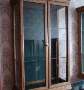 Шкаф витрина навесной