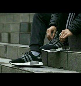 Кроссовки adidas 💓