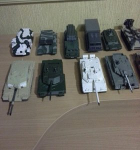 Коллекционная военная техника 17 машин, все по 80р