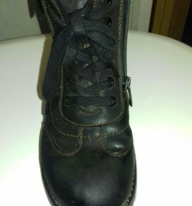 Ботинки зимние на мальчика р.36