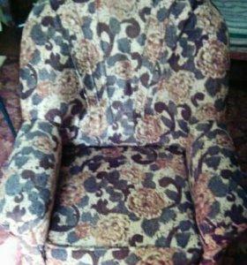 2 Кресла и 2 кровати