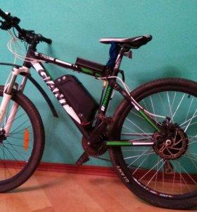 Электровелосипед Giant Rincon