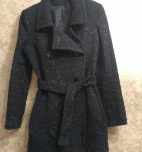 Пальто синее 44рр