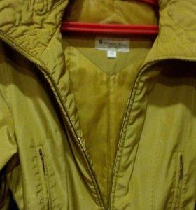 Ветровка и кожанная куртка