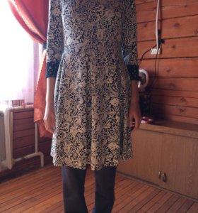 Женское платье для повседневной носки