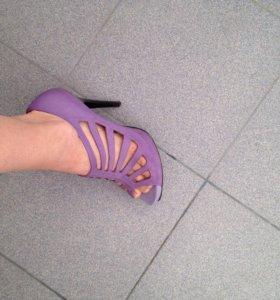 Туфли открытые (босоножки)