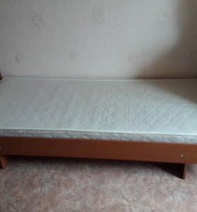 Односпальная кровать ( с матрасом)