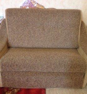 Продам маленький диванчик