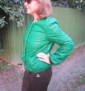 Курточка стильная из экокожи