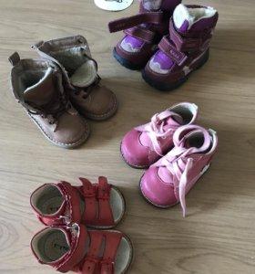 Вещи и обувь на девочку 74-86