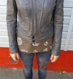 Куртка кожзам, 42-44 р, почти новая!