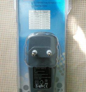 Зарядное устройство на 4 аккумулятора