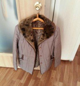 Продается б/у куртка