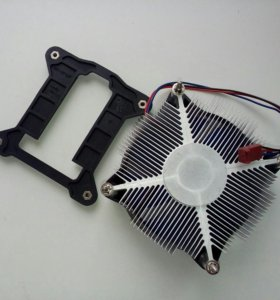 Процессор Intel Pentium g3260 с кулером.
