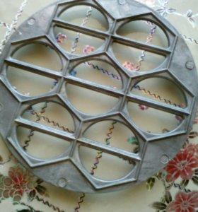 Форма для вареников