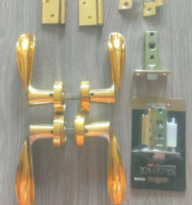 4 комплекта дверных межкомнатных ручек