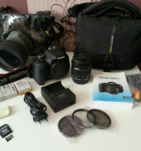 Зеркальный фотоаппарат Canon 600D + набор акс.