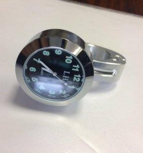 Часы на руль мотоцикла