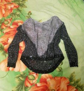 Продам нарядный свитер