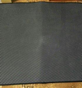 Коврик в багажник Forester sg5