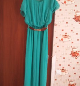 Продаю нарядное платье