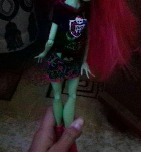 Кукла,оригинал.О цене можно договориться.