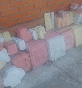 Производим тротуарную плитку,бардюры,крышки,декор.