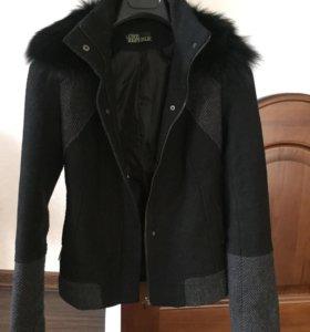 Куртка с воротником из натурального меха