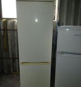 Отличный Холодильник Стинол