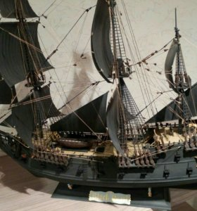 """Модель корабля """"Черная Жемчужина"""""""