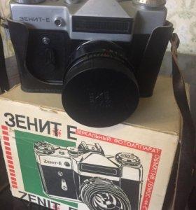 """Фотоаппарат """"Зенит Е"""""""