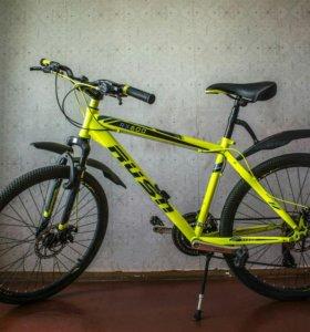Горный велосипед 17.5 дюймов рама. 21 скорость.