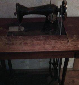 Подольская швейная машина.