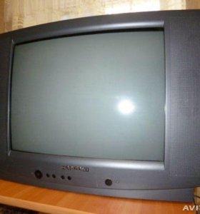 Цветной телевизор Horizont 54 см с пультом