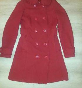 Пальто для девочки 10-13лет