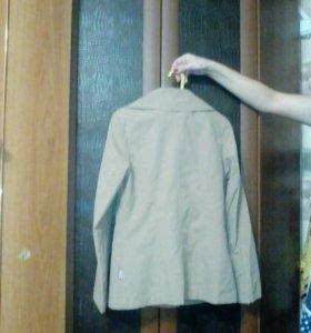 Плащ пиджак 42-44 р- р