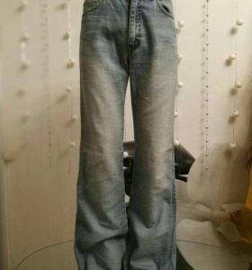 Мужские джинсы бу