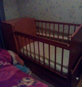 Кроватка с матрасом!
