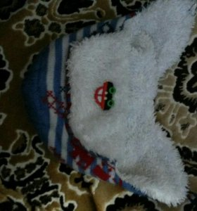 Шапочка теплая на зиму :)
