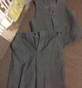Школьный костюм(2 брюк)