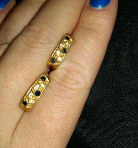 Золотые серьги с сапфирами