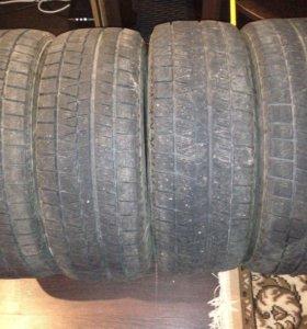 Зимняя резина Bridgestone Blizzak Revo GZ