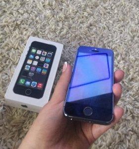 iPhone 5s на 64гиг