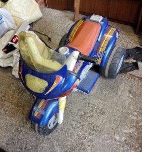 Трицикл детский PegPerego