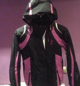 Сноубордическая женская куртка