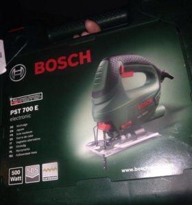 Лобзик Bosch700