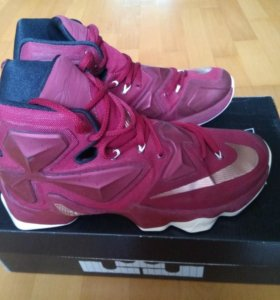 Баскетбольные кроссовки Nike LeBron 13