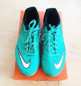 Бутсы Nike, маленькие, 36 размер