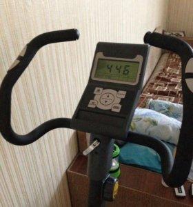 Вело-тренажёр